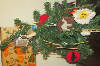 Our table top Jesse Tree
